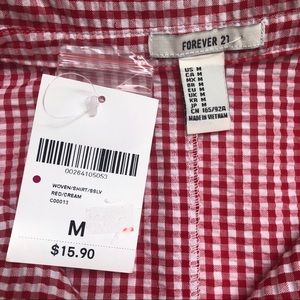 Forever 21 Tops - Gingham Cropped Button Down